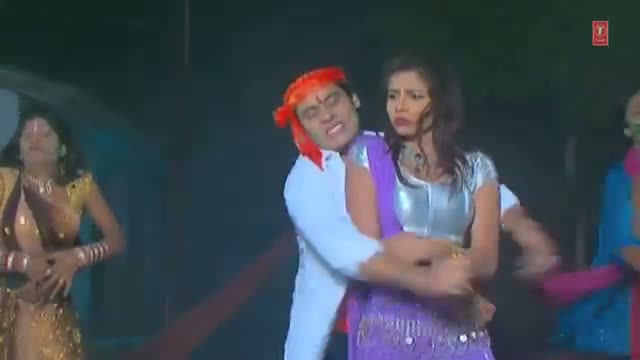 "Hot Bhojpuri Holi Dance Video 2014 ""Rang Debo Tohar Gaal"" Movie: Aam Aadmi Ki Holi"