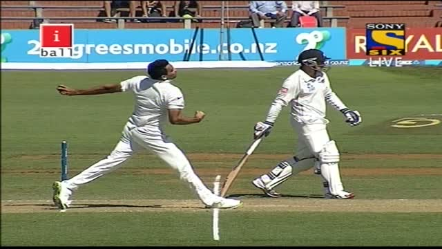 Fall of Wickets of New Zealand Innings - India vs New Zealand - Day 2 & 3 - 2nd Test 2014