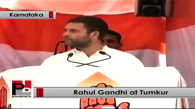 Rahul Gandhi addresses women rally in Karnataka, stresses for women empowerment