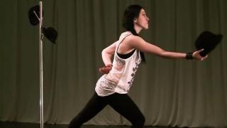 Juggling With Hats - Svetlana Bakunova