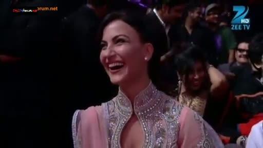 Zee Cine Awards 2014 - 23rd February 2014 - Part 3/21 - Watch Online With Zee Cine Awards 2014 Winners Listing