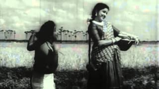 Poravale Poravale - Sivaji Ganesan, Bhanumathi - Makkalai Petra Magarasi - Tamil Classic Song