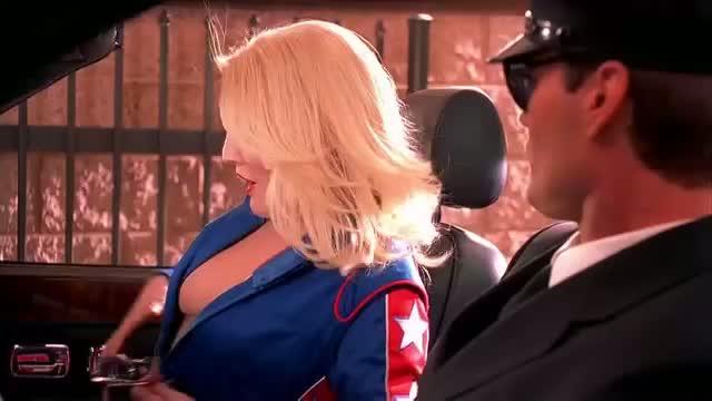 Drew Barrymore Hot Scene In Car Charlies Angels Hd