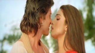 Ten Vadikkum Pasak Kaddiye Video Song (Krrish Tamil Movie) - Ft. Hrithik Roshan & Priyanka Chopra