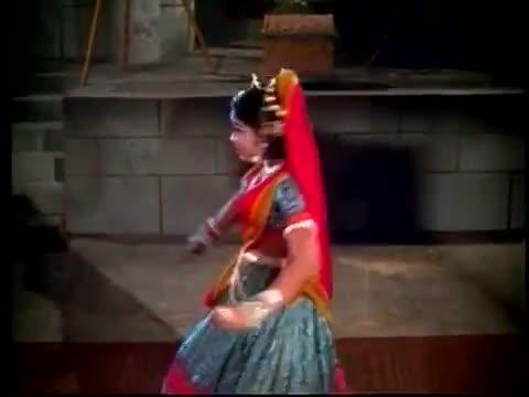 Kannanukkum Kalvanukkum - Sivaji Ganesan, Sowcar Janaki - Tamil Classic Song