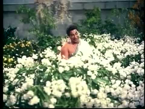 Malargaliley Pala Niram Kandaen - Sivaji Ganesan, Kutti Padmini - Tamil Devotional Song