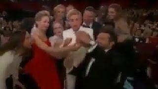 Oscars Selfie. Ellen Oscar Selfie With Stars. Oscars 2014 - HD