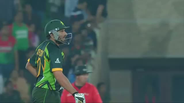 Shahid Afridi smashed 20 runs in Shakib Al Hasan over (Asia Cup 2014 - 8th ODI Ban vs Pak)