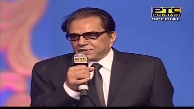 Anchors Invite Dharmendra for the Lighting of Lamp - PTC Punjabi Film Awards 2014
