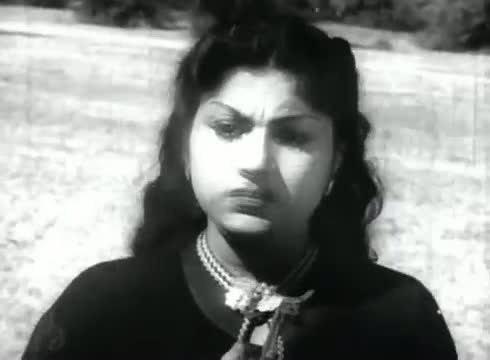 maratha Suzhchi - MGR, T. R. Rajakumari, B. S. Saroja - Puthumai Pithan - Tamil Classic Song