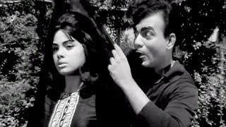 Kaise Dekha Hai Mujhe Ji O - Classic Rock and Roll Hindi Song - Mehmood, Mumtaz - Pati Patni (Old is Gold)