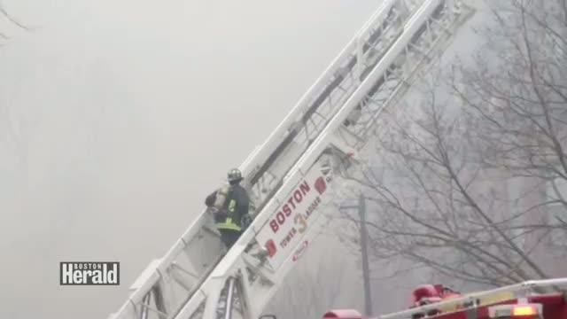 9 Alarm Fire 298 Beacon St. Boston Firefighters Injured (News Video)