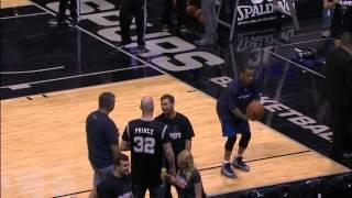 NBA: Monta Ellis Sinks the Over-the-Head Backwards Trick Shot (Basketball Video)