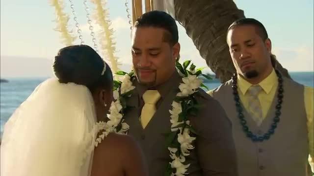 Naomi and Jimmy Uso exchange their wedding vows: WWE Total Divas, April 20, 2014