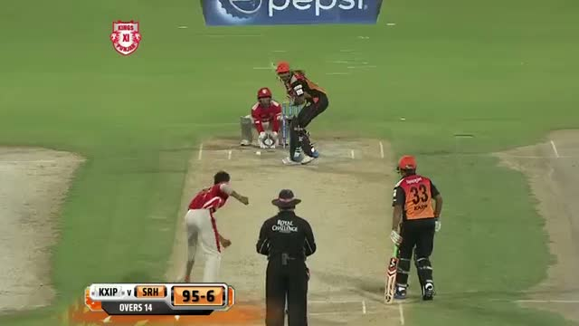 KXIP vs SH - Match 9 - Akshar Patel sneaks Irfan Pathan and Lokesh Rahul wickets - PEPSI IPL 2014 (22 April 2014)