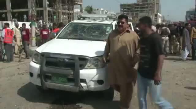 Raw: Deadly Blast Rocks Pakistan Neighborhood