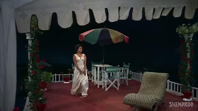 Yeh Sama, Sama Hai Ye Pyar Ka - Shashi Kapoor - Nanda - Jab Jab Phool Khile Songs - Lata (Old is Gold)