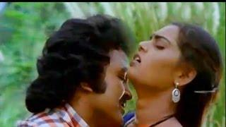 Silk Smitha & Prabhu In Vaadi En Pondatti - Vellai Roja Tamil Song