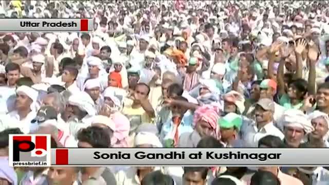 Sonia Gandhi at Kushinagar in UP: Narendra Modi insulted martyrdom of Rajiv Gandhi
