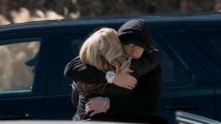 Eminem - Headlights ft. Nate Ruess (Official)