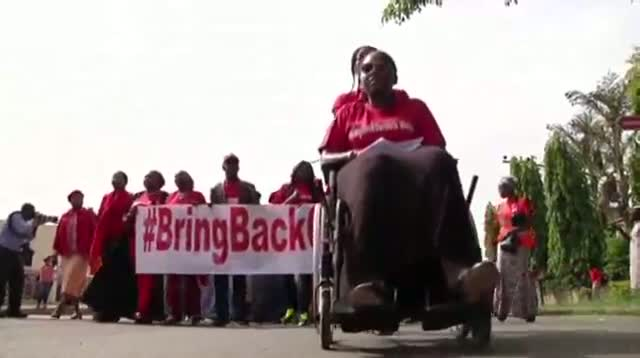 Hundreds March for Kidnapped Nigerian Girls