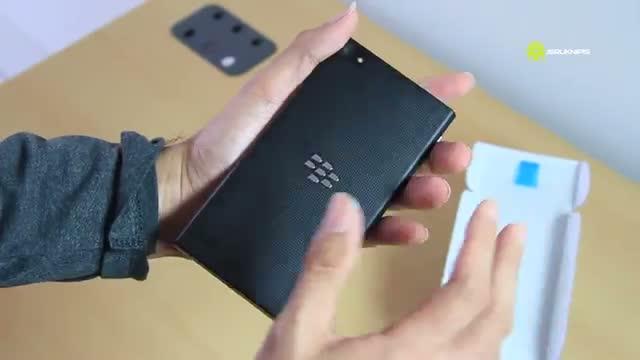 Unboxing BlackBerry Z3 (BlackBerry Jakarta)