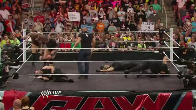 The Shield vs. Evolution WWE Payback contract signing: WWE Raw, May 26, 2014