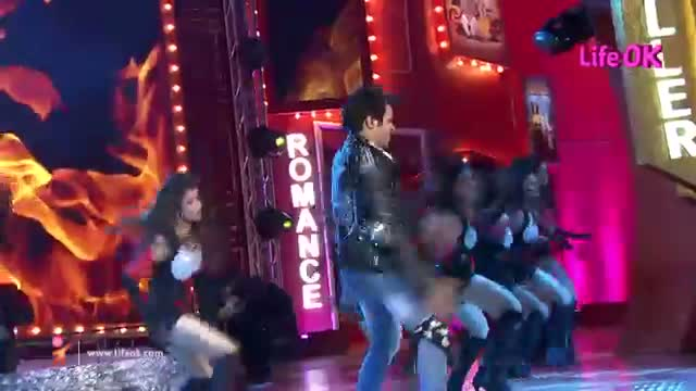 Rithvik Dhanjani's Mindblowing Dance Moves - Life Ok Now Awards - 31st May 2014