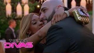 Cameron finally tells Vinnie that she loves him: WWE Total Divas Season 2 Finale, June 1, 2014