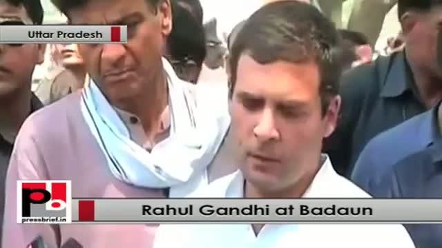 Uttar Pradesh: Rahul Gandhi meets family of Badaun gangrape victims