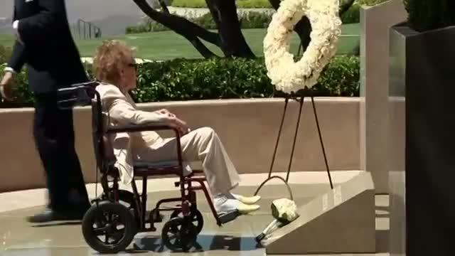 Nancy Reagan Commemorates Husband's Death