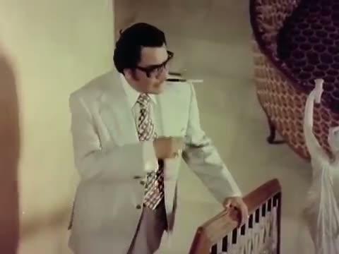 Yeh Jeena Hai Angoor Ka Dana, Khatta Meetha - Title Song - Best Bollywood Song