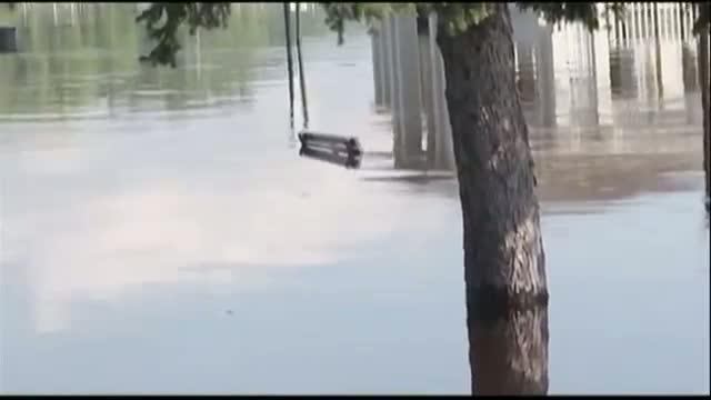 Floods Close Minn.-Wisc. Bridge