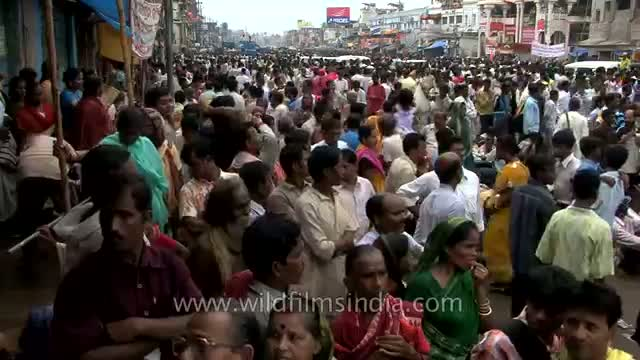Thousands of devotees participates in Chariot festival of Hindu Lord Jagannath
