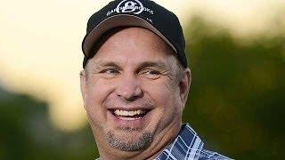 GARTH BROOKS To Announce New Tour!