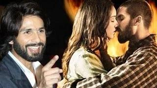 Shahid Kapoor & Shraddha Kapoor's HOT KISS in Haider