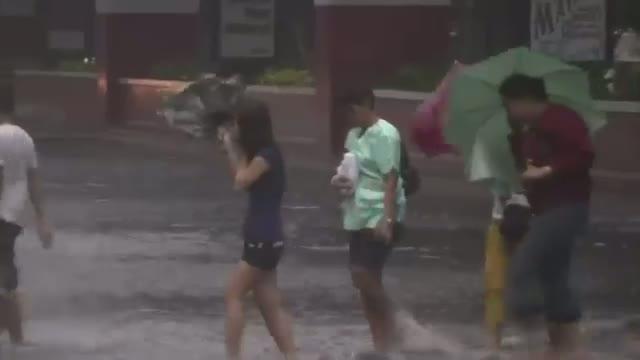 Typhoon Slams Into Philippines