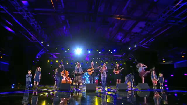 """The Willis Clan: Family Band Charms With """"Fireflies"""" Cover - America's Got Talent 2014"""