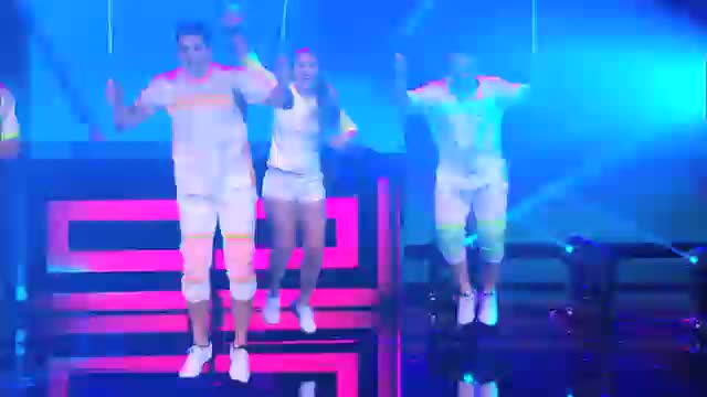 Flight Crew Jump Rope: Team Adds New Tricks to Their Show - America's Got Talent 2014
