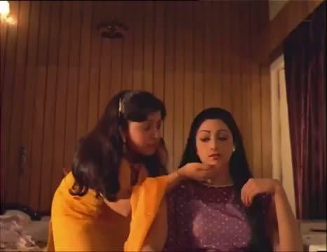 Neele Neele Ambar Par - Kalaakaar (1983)