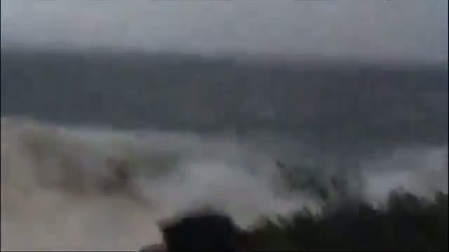 High Winds As Iselle Approaches Hawaii