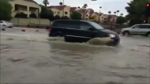 Raw: Flooding Snarls Traffic in Nevada