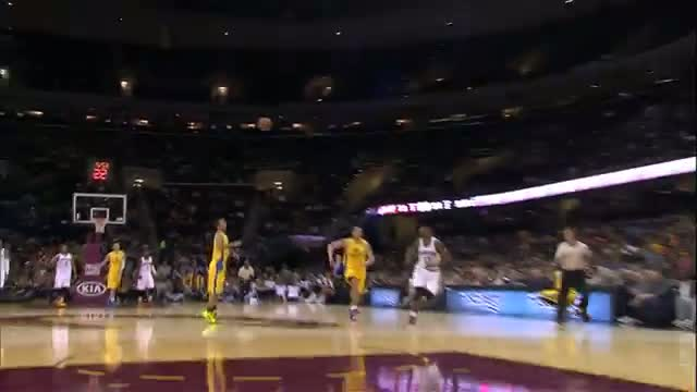 NBA: Kevin Love Throws His Patented Full Court Pass to Tristan Thompson