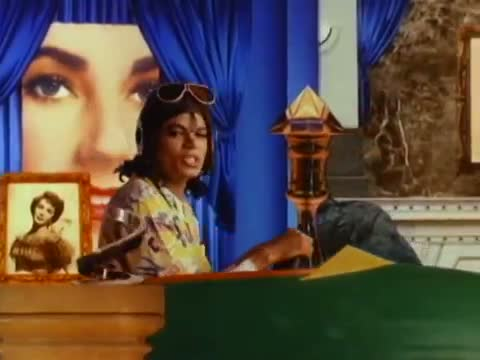 Michael Jackson - Leave Me Alone (Official)