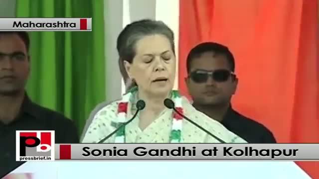 Sonia Gandhi takes on BJP, Shiv Sena at Kolhapur in Maharashtra