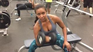 Eden shares some healthy tips - WWE Video Blog: Oct. 17, 2014