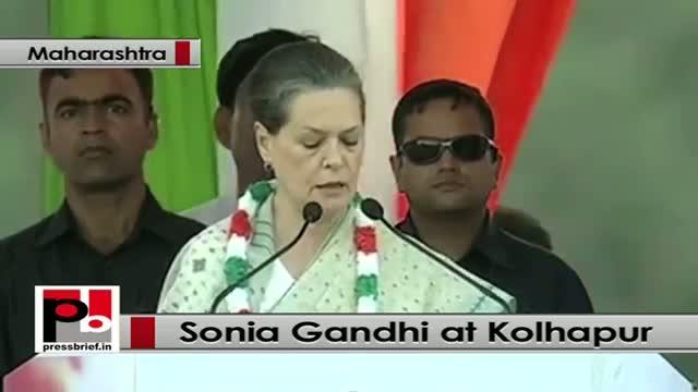 Sonia Gandhi targets Modi govt while addressing a Congress rally at Kolhapur, Maharashtra