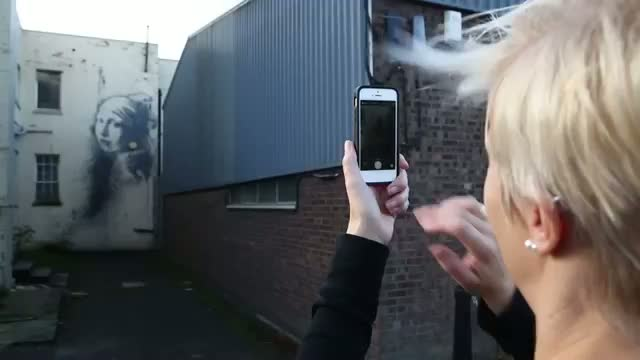 New Banksy appears in Bristol