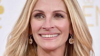 How JULIA ROBERTS Risked Her Career!