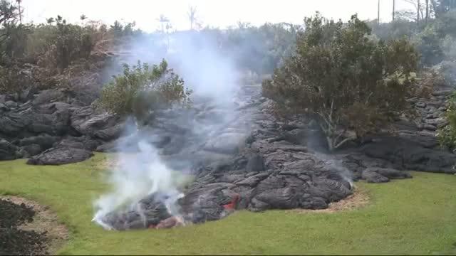 Lava Stalls Short of Main Road in Hawaii